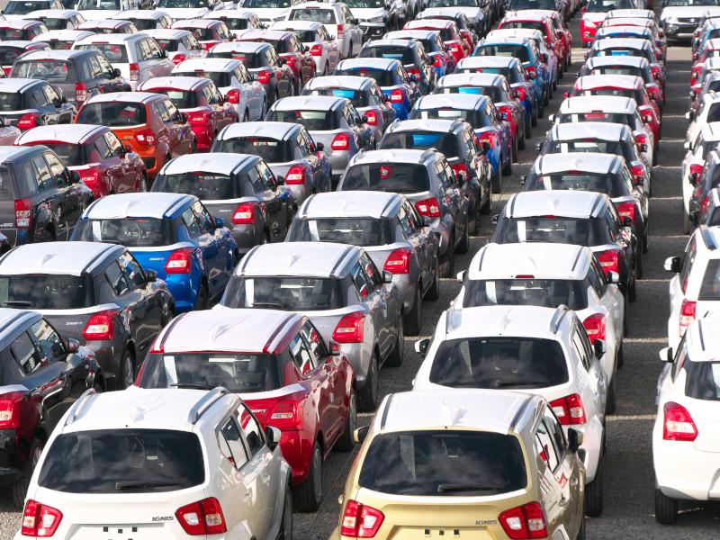 自動車2割減も半導体強し、輸出額で明暗 20年貿易統計速報