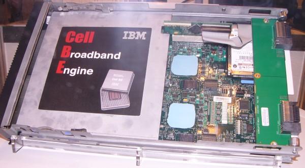 図3 Cell Broadband Engineを組...