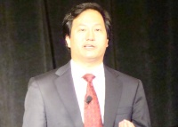写真6●米インテルのAndrew Chien氏(vice president Corporate Technology Group, director of Intel Research)