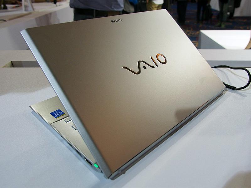 ソニーのVAIO Proが軽すぎ、カッコよすぎな件。MBAみたいな鈍重なゴミに金だしてる奴はパカw