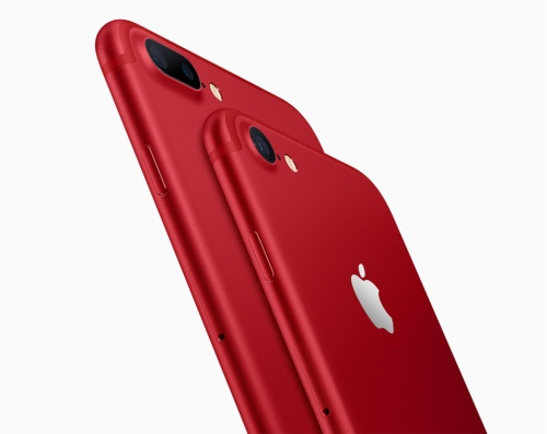 iPhone 7/iPhone 7 Plus (PRODUCT)RED Special Edition。iPhoneシリーズは、ロボットによる切削・研磨加工を駆使して、アルミ独特のさらりとした質感を研ぎ澄ませた