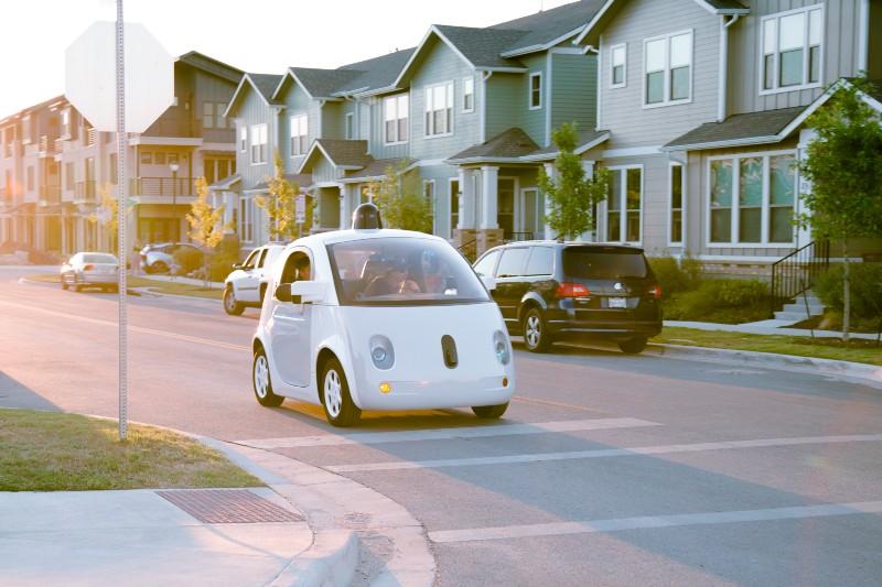 カリフォルニア州、自動運転車の無人走行を禁じる法案