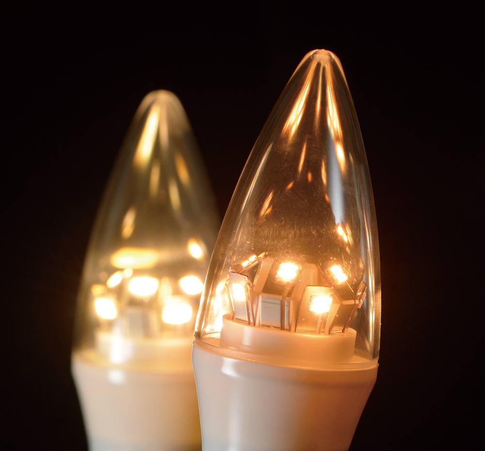 独自のLED配置で白熱電球と同等の配光を実現した(資料:ウシオライティング)