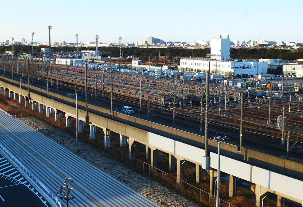 京葉線新駅は上下2層ホーム、基地をまたぐ通路も|日経 ...